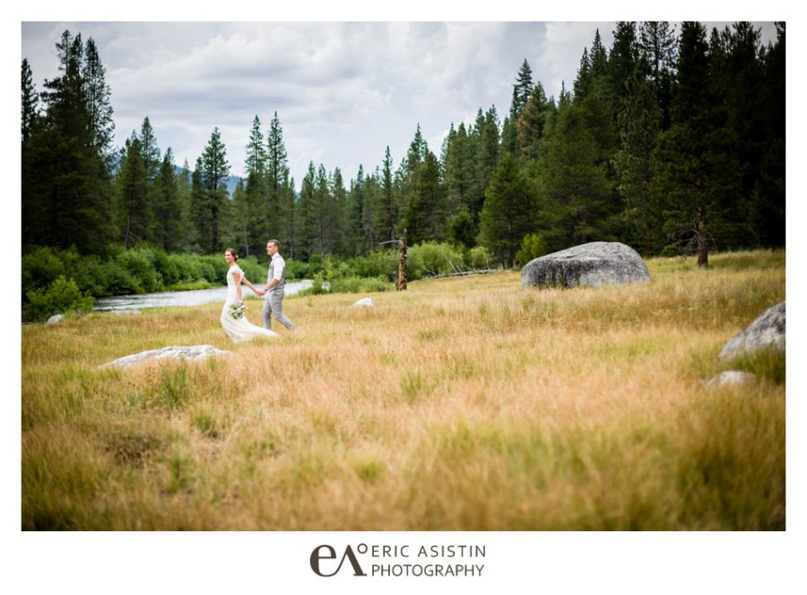 Weddings-on-the-Truckee-River-by-Eric-Asistin-Photography_041