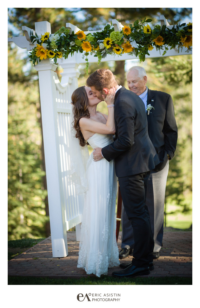 The-Lodge-at-Tahoe-Donner-Weddings-by-Eric-Asistin-Photography_034