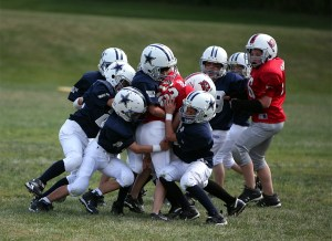 photos_sports_youth-football001