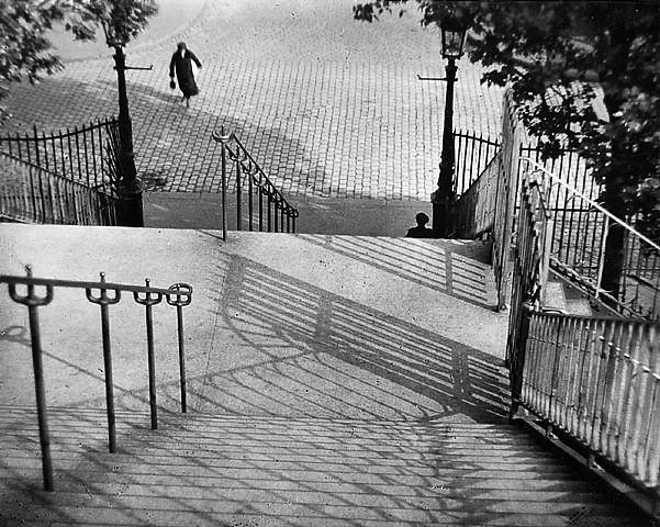 andre kertesz stairs photograph