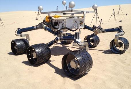 Test rover on California sand dunes. Image courtesy of Nasa.