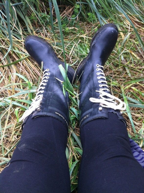 My thrifted Ilse Jacobsen boots in action