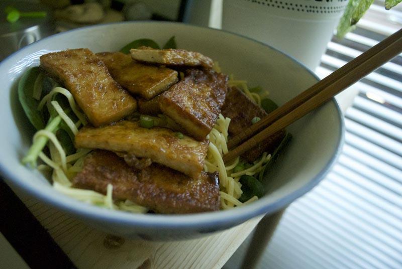 Pan-fried tofu noodle bowls