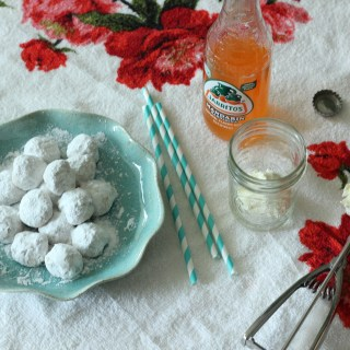 Mexican Wedding Cookies + Jarritos Floats
