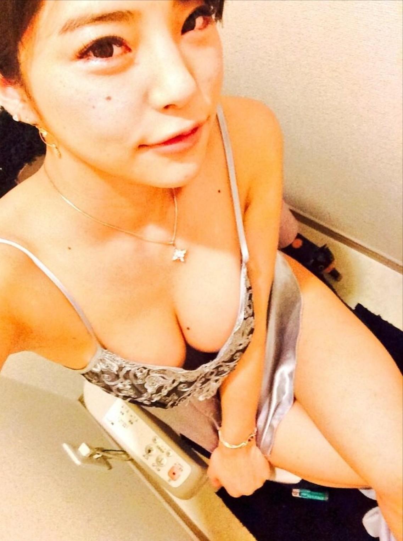 「片桐えりりか」ニコ生出身のビッチav女優は自撮りのえろさも別格だわwwwwwwwwww(写真あり)