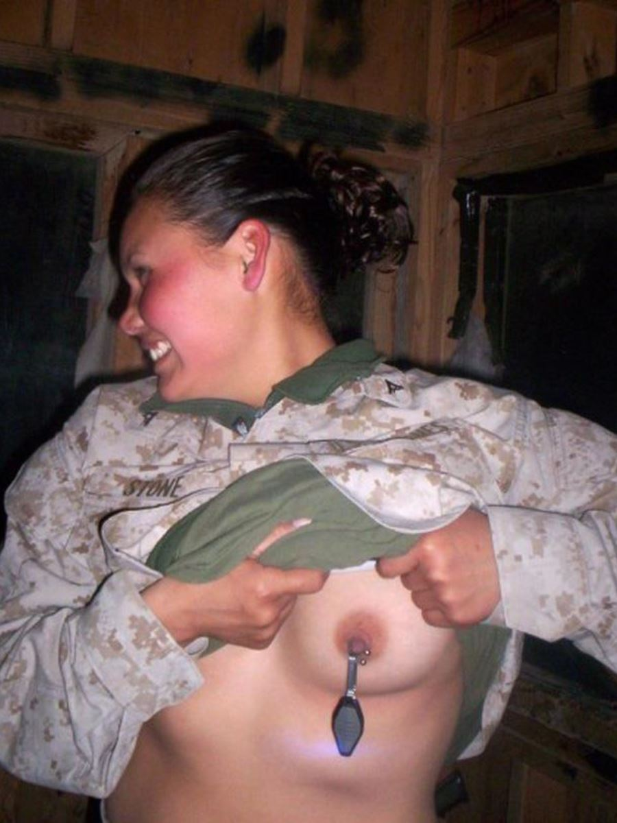 nude military women selfies