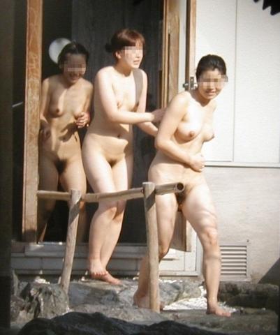 ワイ、同級生女子の銭湯裸(秘密撮影)を仕入れ神扱いされるwwwwwwwwwwwwww(写真あり)
