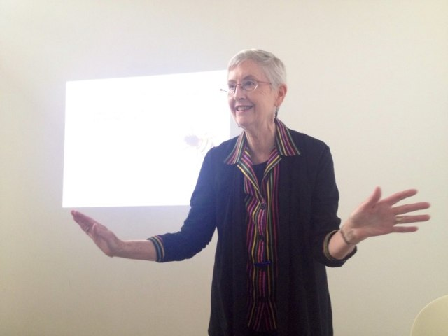 Marilyn Hamilton gives a lecture in Moscow (May 17, 2014)