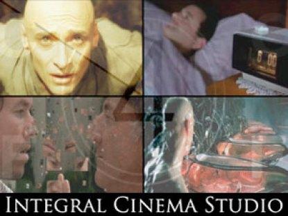 Кадры из фильмов «День сурка» (1993); «Матрица» (1999); «Взломщики сердец» (2004) и «Фонтан» (2006), иллюстрирующие измерения квадрантов в кино.
