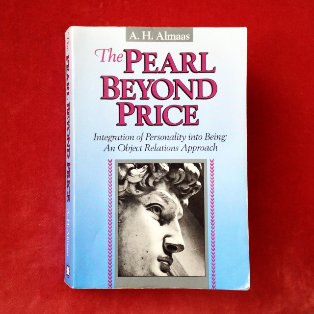 Обложка книги А. Х. Алмааса «Бесценная жемчужина» (The Pearl Beyond Price)
