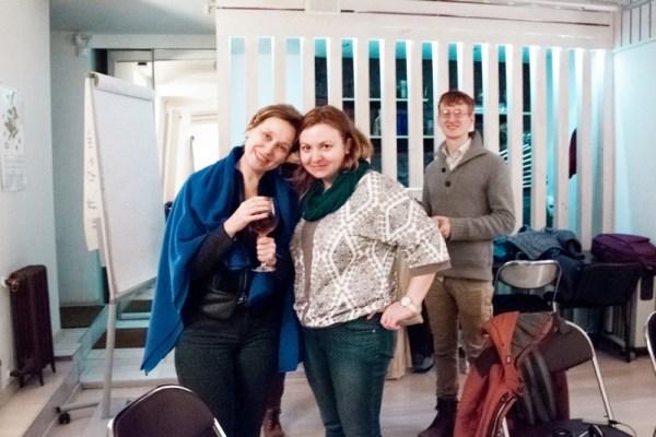 Автор, Елена Рюсэ (справа), на семинаре «Холосценденция: Большой Ум — Большое Сердце». (Фото © Татьяна Парфёнова)