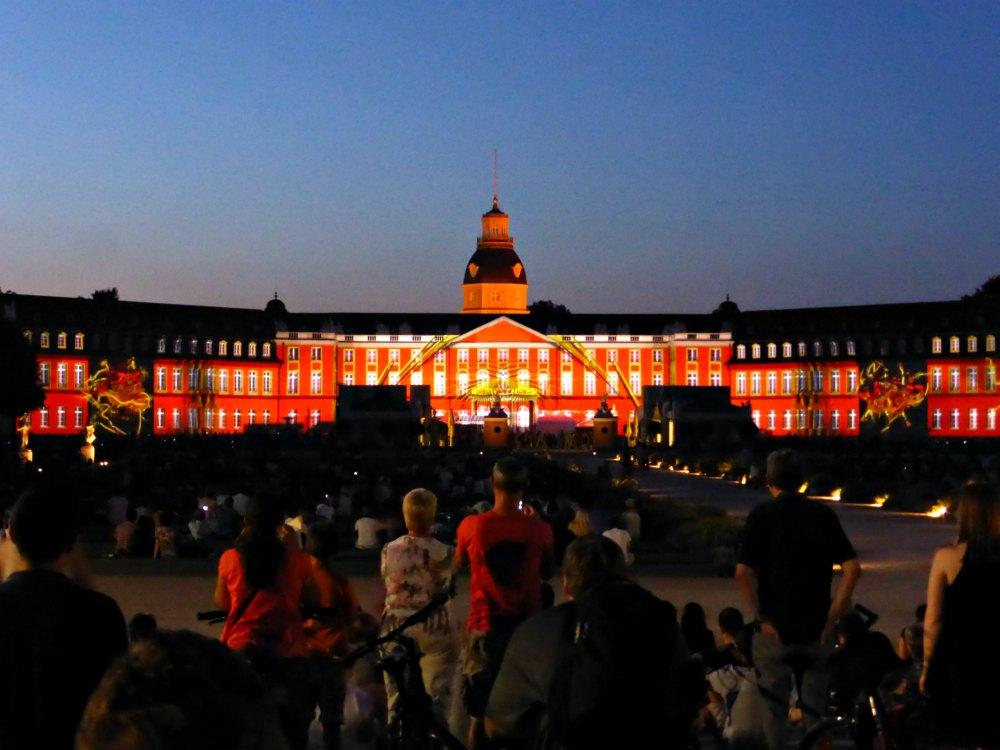 Irgendwie magisch: Die Schlosslichtspiele in Karlsruhe