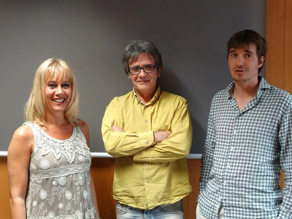 Silvana Vogt, professora de narrativa de l'Escola de Lletres, l'escriptor Joan Carreras, i Arnau Cònsul, que va comentar l'obra de l'escriptor