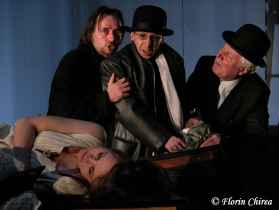 Twelfth_Night__National_Theatre_of_Craiova__2006