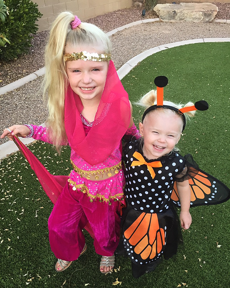 Halloween Costume RECAP! Sharing creative and easy to do costumes for your kiddos. Also a trip down Halloween Costume memory lane though the years.