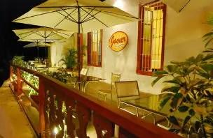 Petiscos peruanos e a vista do Pacífico no Restaurant Javier em Lima
