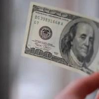 Vou viajar: Compro dólar agora ou espero? 5 dicas nos tempos de alta