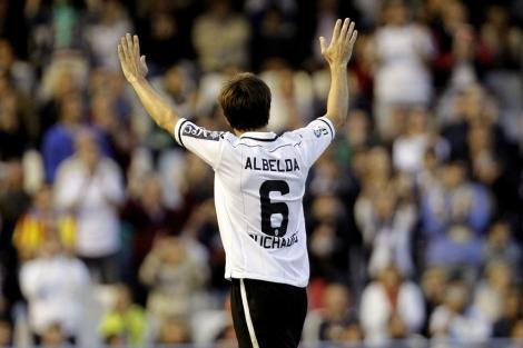 David Albelda, capitán del Valencia C, durante el partido ante el Granada.   Efe