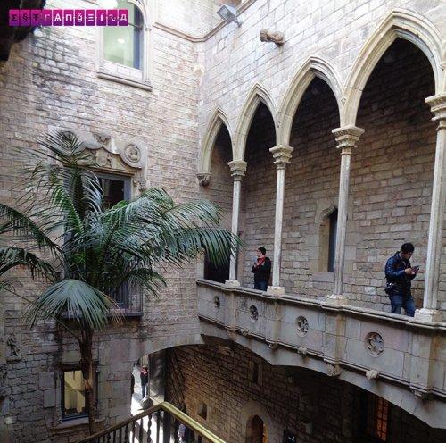 Parte externa do edifício do Museu Picasso
