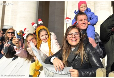 familias-en-el-vaticano.png