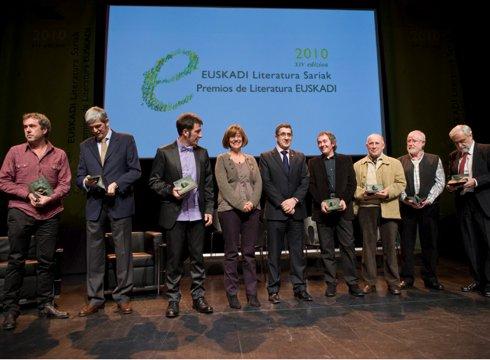 2011 Euskadi Literatura Sariak liburutegian eskuragarri