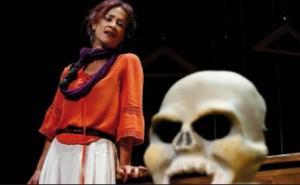"""Antzerki Jardunaldiak: """"Frida"""" (Iris Teatro) @ Coliseoan"""