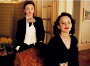 """Edith  Piaf  abeslariaren  bizitza  kontatzen  duen    """"La  vida  en  rosa""""  filma  emango  dute  gaur  Portalean  (zine-foruma)"""