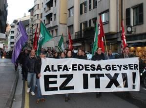 Alfa, Edesa eta Geyser ez ixteko eskatu dute beharginek gaur arratsaldean egin duten manifestazioan