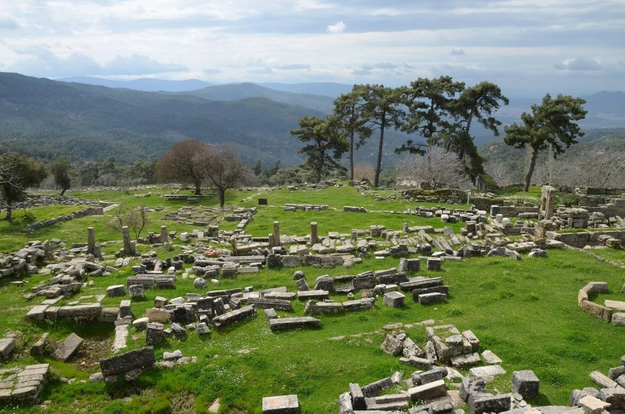 The Sanctuary of Zeus Labraundos at Labraunda overlooking the plain of Milas, Caria, Turkey. Photo © Carole Raddato.