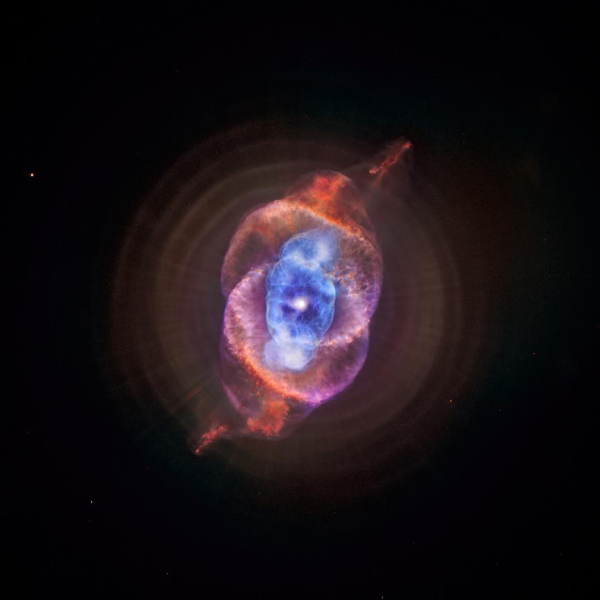 NGC 6543 - a Nebulosa Olho de Gato é capturada pela visão de raios-X do telescópio Chandra