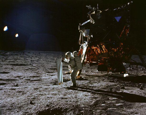Base lunar da missão Apollo 11 no mar da Tranquilidade