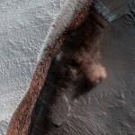 HiRISE captura imagens de novas avalanches em Marte