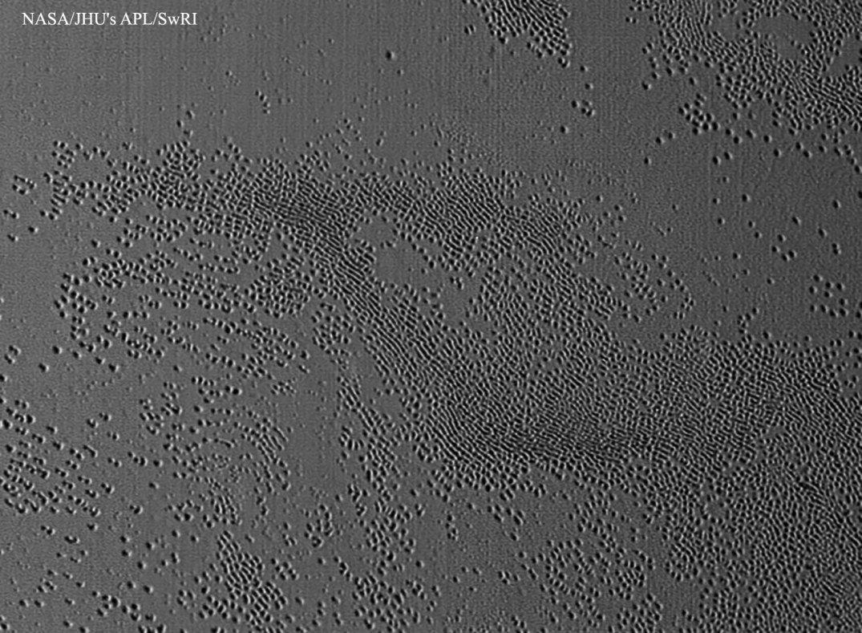 Notícias de Plutão. - Página 3 Plut%C3%A3o-Buracos-New-Horizons