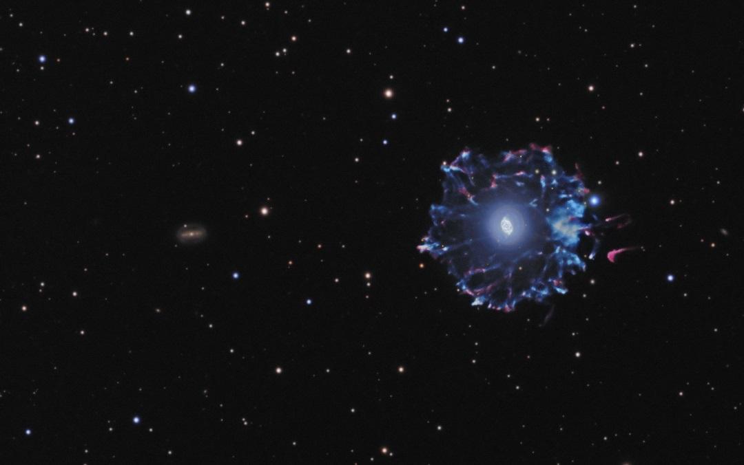 NGC 6543: a Nebulosa Olho de Gato em toda a sua extensão por Josh Smith