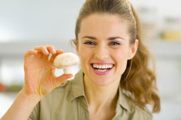 woman with mushroom