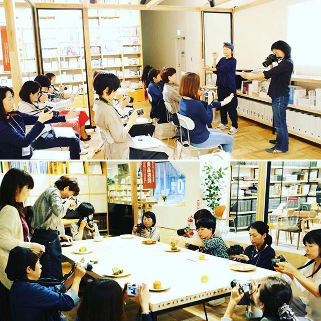 先週末から、無印良品 有楽町で「たのしいカメラ学校」の出張教室がスタートしました!全5回の講座、1回目から盛り上がりましたよ〜!1、2回目はカメラマン長塚奈央さんのレッスンで、料理写真を学びます。次回はCafe & Meal MUJIのお惣菜を題材にします。楽しみ〜! #たのしいカメラ学校  #写真教室  #無印良品有楽町 #pixus