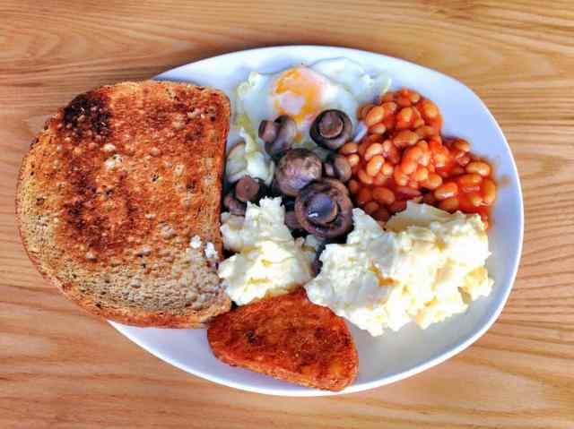 English breakfast - vegetarian option.