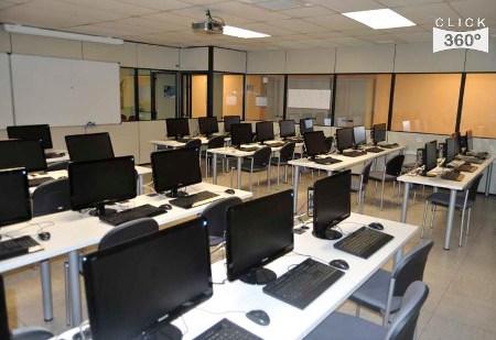 Sala 7 del centro de cálculo de la ETSISI