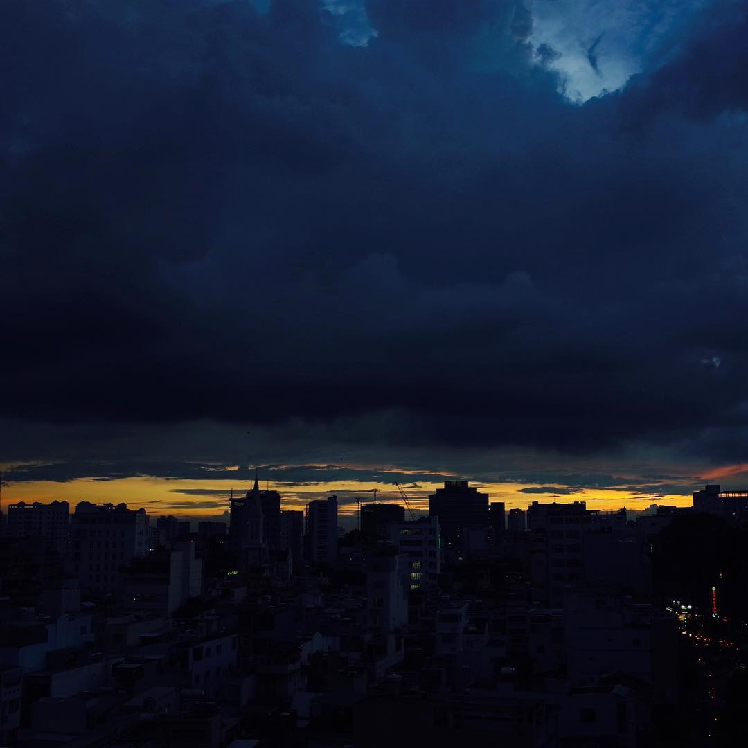 今日の夕暮れ Today's sunset #saigon #vietnam #GR #ricoh