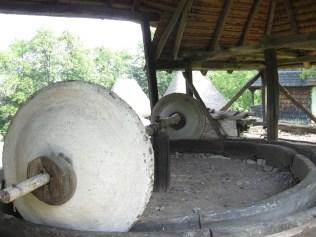 muzeul_satului
