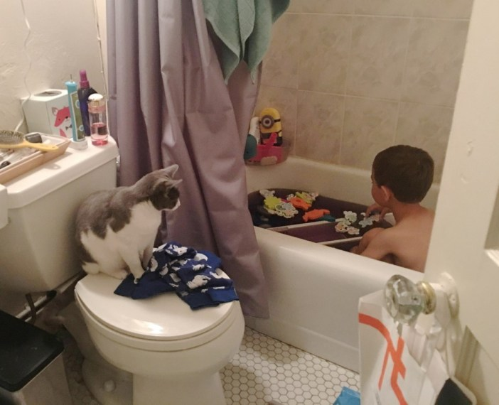 お風呂の時間もいっしょのふたり