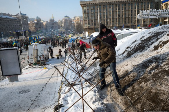 08 Anatomy of Maidan. Virtual tour of the protesters grounds