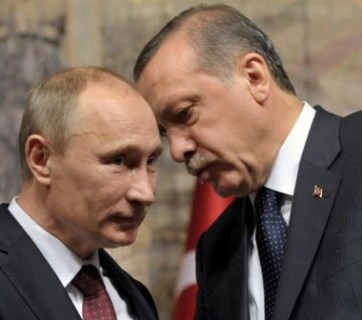 Russian President Vladimir Putin (left) and Turkish President Recep Erdoğan (right)