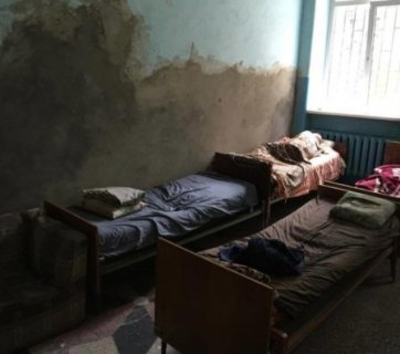 interior of a psychiatric hospital in Chernivtsi, Ukraine. Photo: chas.cv.ua