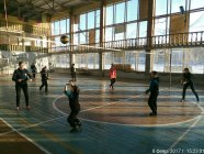Sports lesson at a school in government-controlled Krasnohorivka kilometers away from the occupied Donetsk. Credit: vk.com/krasvvk