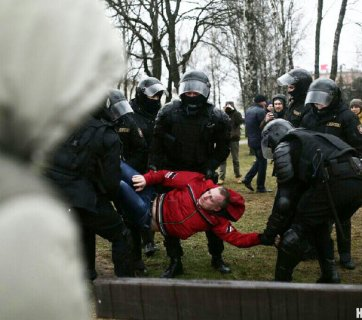 The riot police detains a protester in Minsk, Belarus on March 25, 2017. (Credit: NN.By)