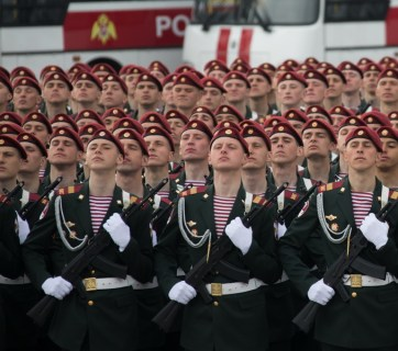 Soldiers of the National Guard of Russia (aka Russian Guard), an internal security structure subordinated to Putin personally, in formation