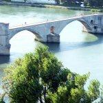 Sur la pont du Avignon