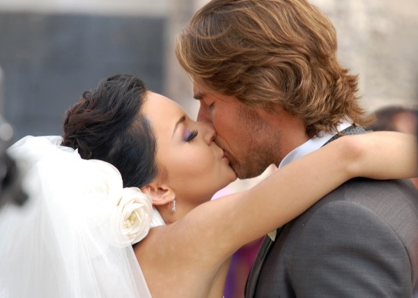 Angelique Boyer Y Sebastian Rulli Bodas De Odio ... Angelique Boyer Y ...
