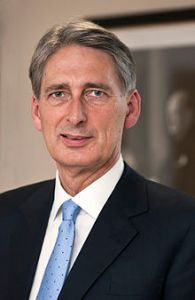 220px-philip_hammond_secretary_of_state_for_defence
